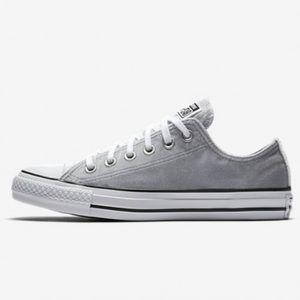 Converse All Star Velvet Sneakers. Size 8.5